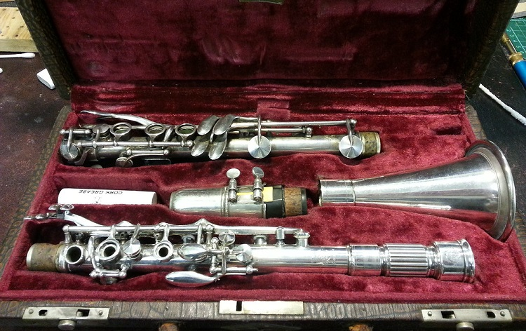 History and Types of Clarinets Metal clarinet