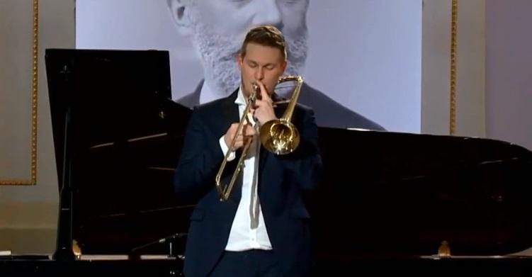 loud trombone